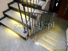 schody_z_kamienia